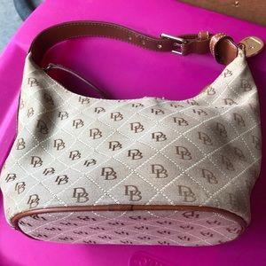 D&B bucket purse
